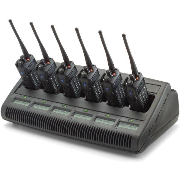 Motorola Mehrfachladegerät mit integrierten Displays WPLN4220